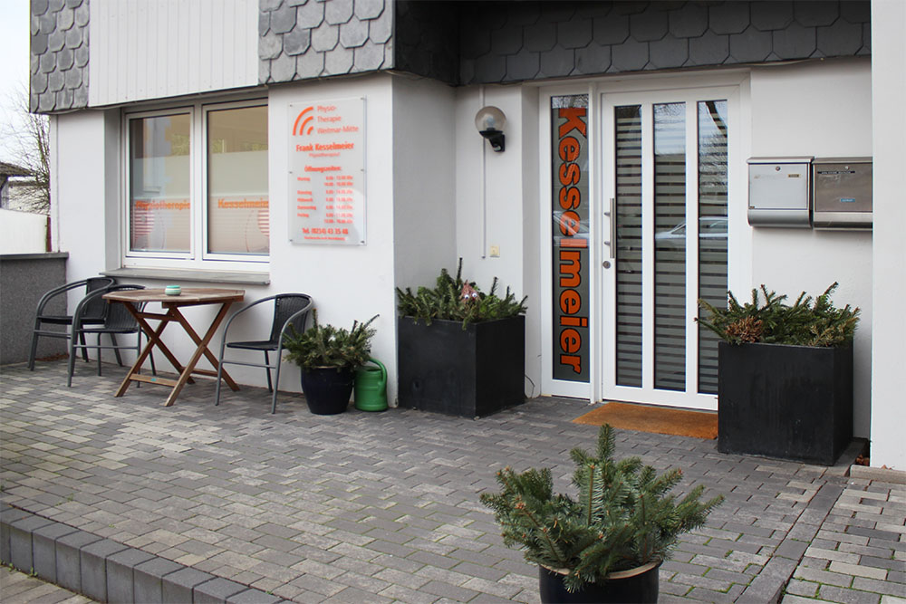 Außenansicht - Physiotherapie Weitmar-Mitte · Krankengymnastik und Massage in 44795 Bochum
